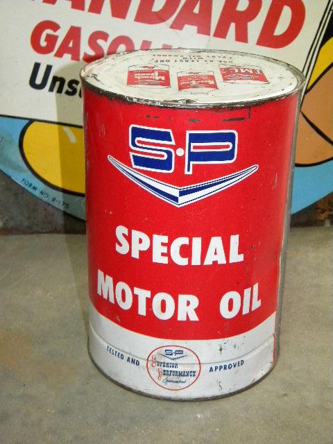Photo old studebaker packard 5 quart motor oil can for How long does motor oil last